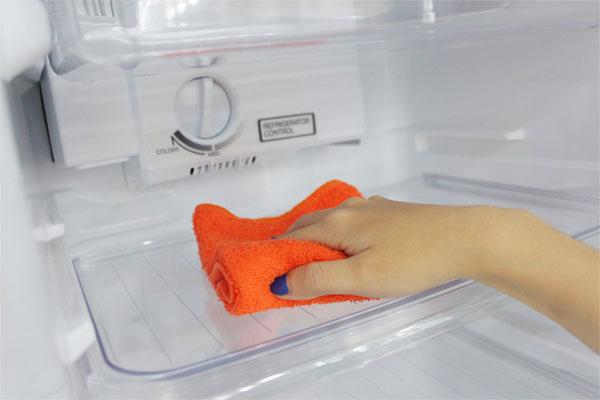 Thử ngay 3 cách sửa tủ lạnh bị đổ mồ hôi ngay tại nhà 2